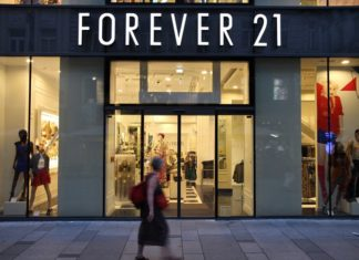 Forever 21 files for bankruptcy, announces plans to close more than 350 locations