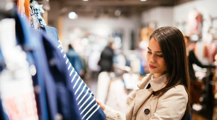 Top 5 Clothing Sites to Get the Best Deals